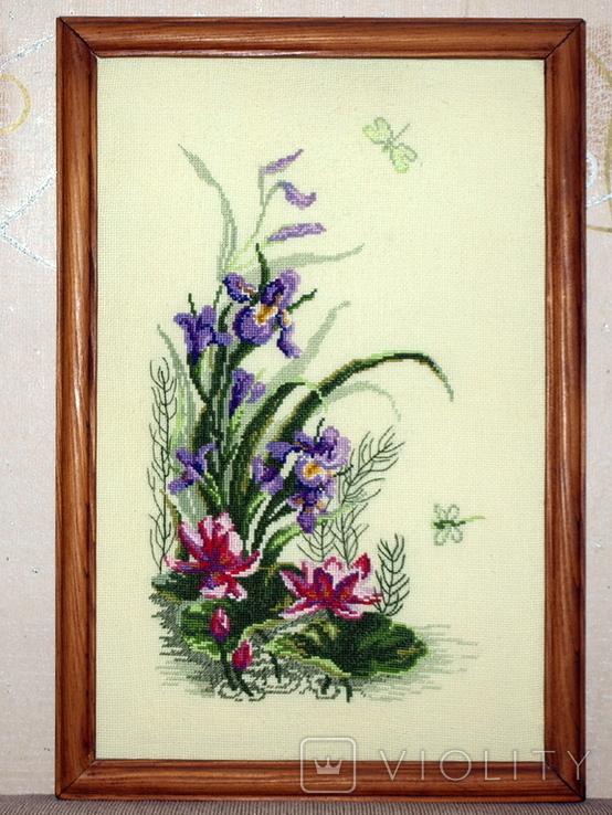 Картина Ирисы и стрекоза, ручная вышивка крестом, фото №2