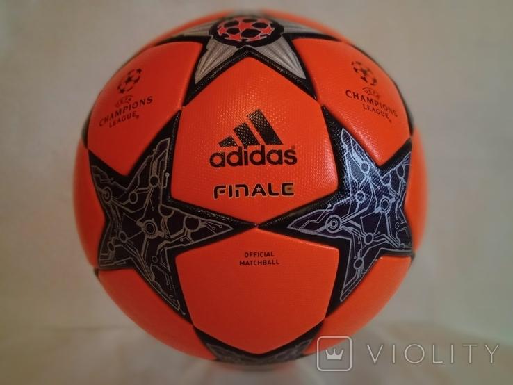 Футбольный мяч Лиги чемпионов УЕФА сезона 12/13 Adidas Finale 12, фото №10