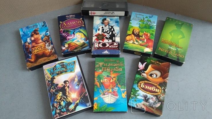 Видеокассеты - 54 шт, DVD - 7 шт. Мультфильмы., фото №7