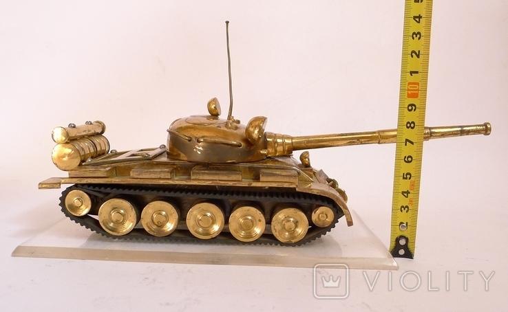 Танк Т-64 ? Латунь. Ручная работа . СССР., фото №3