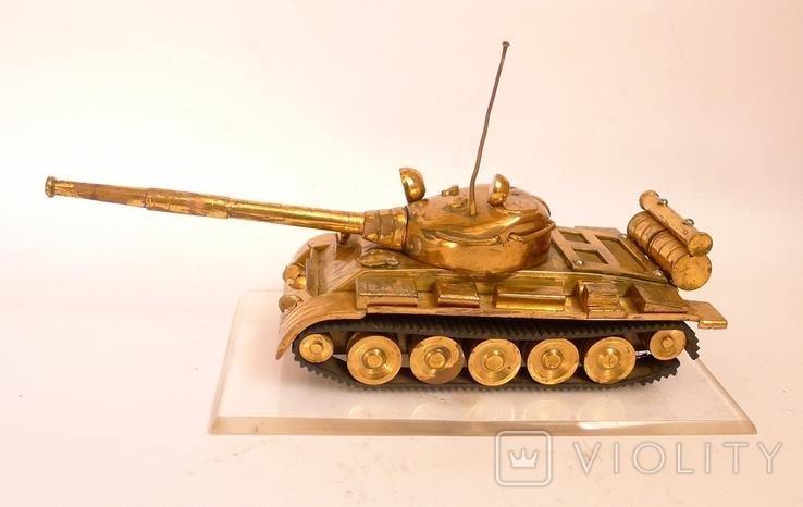 Танк Т-64 ? Латунь. Ручная работа . СССР., фото №8