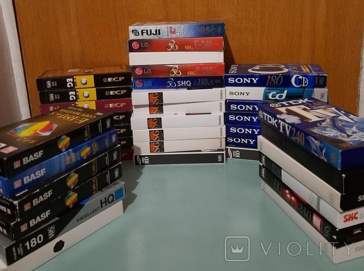 Видеокассеты 110 шт с первой записью (Чаплин, Радзинский, политика, история)., фото №10