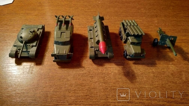 Военная техника СССР В количестве 5 шт.В отличном коллекционном состоянии, фото №2