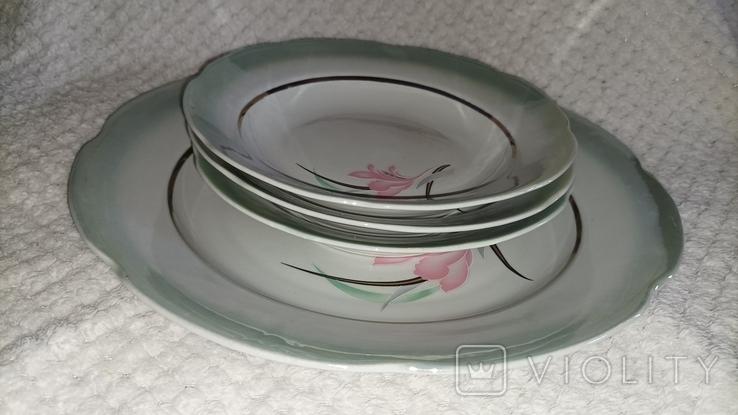 Одна велика і 3 менші тарілки з клеймом, фото №2