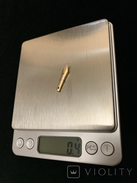 Ручка с золотым пером, фото №4