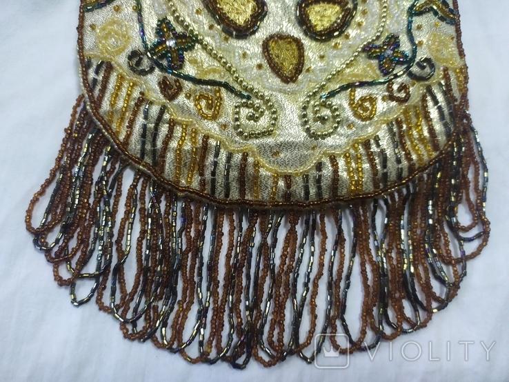 Сумочка в винтажном стиле. Расшивка бисером и бисерная бахрома, фото №3