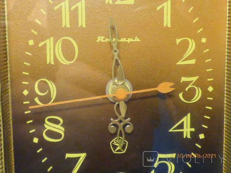 Настенные кварцевые часы янтарь на ходу, фото №4
