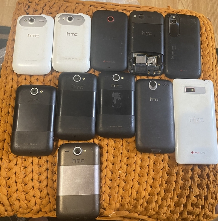 Лот 11 смартфонів HTC desire, фото №3