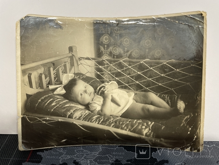 Ребенок в кровати 33 год, фото №2