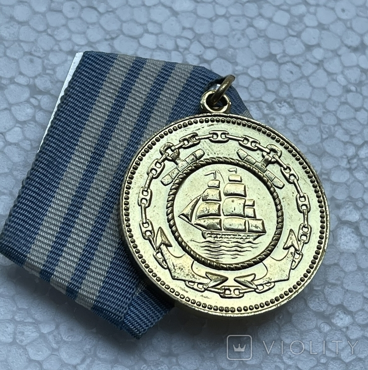 Медаль Нахимова - цельное ухо, фото №7