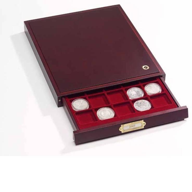 Бокс для монет деревянный для 54 монет номиналом 2 Euro (диаметр ячейки 26 мм), фото №2