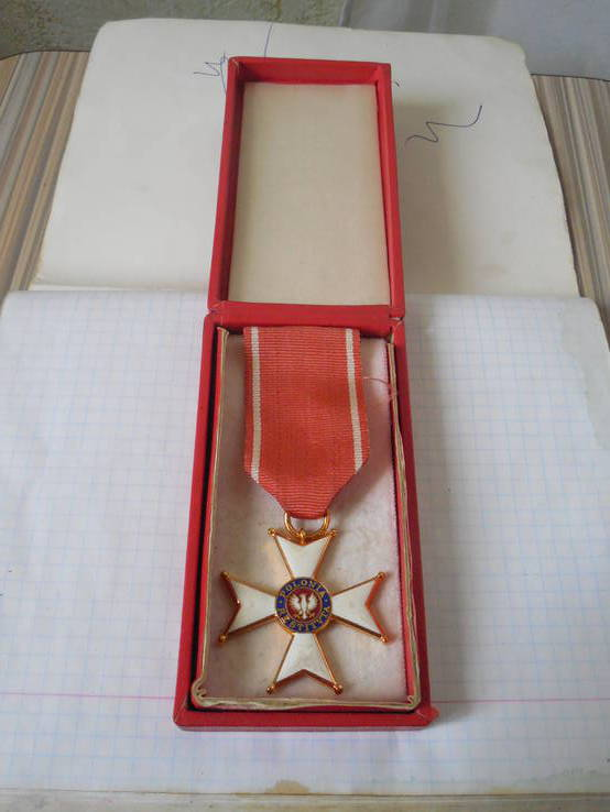 Орден Возрождения Польши в родной коробке