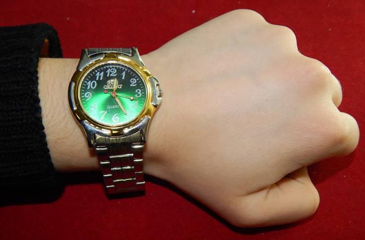 Поддельные наручные часы