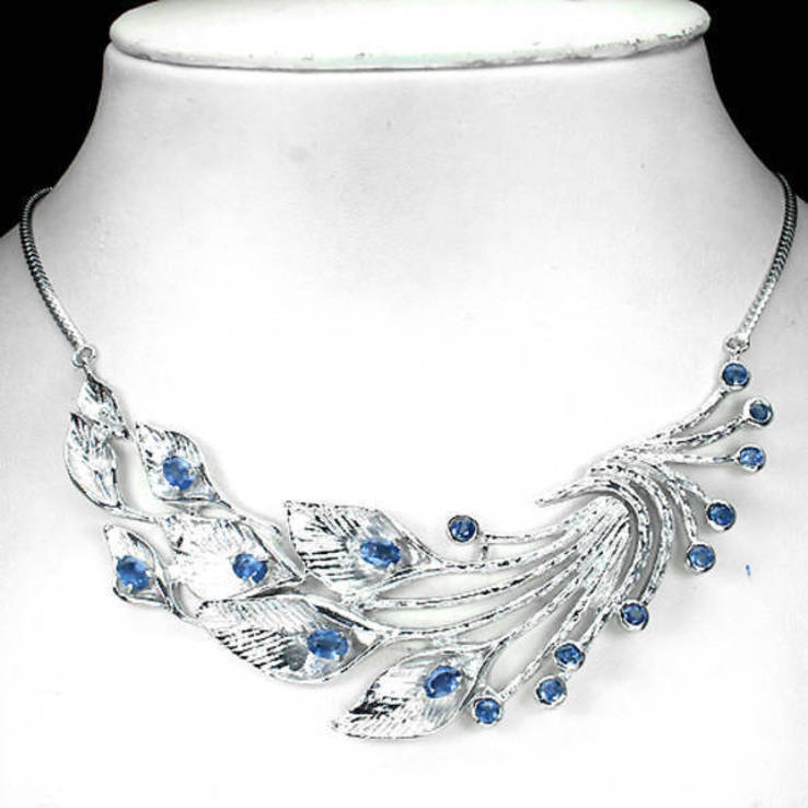Ожерелье с сапфирами