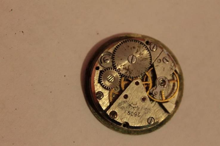 Механизм иностранных часов, фото №5