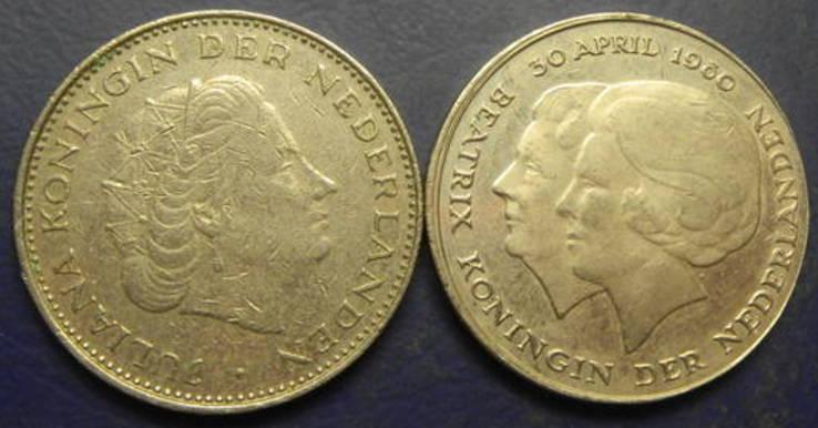 2 1/2 гульдена Нідерланди 1980 (два різновиди), фото №2