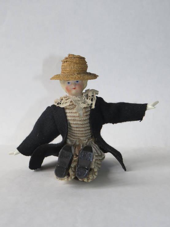Старинная кукла пастушок в соломенной шляпе  с фарфоровой головой ., фото №4