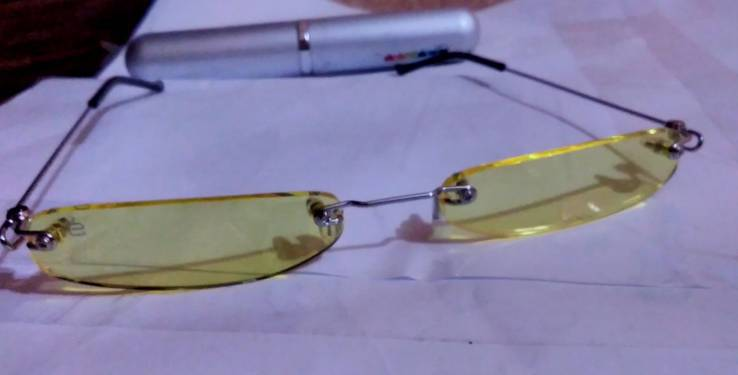 Жёлтые очки CHROMAVISION UV400 новые + алюминиевый футляр