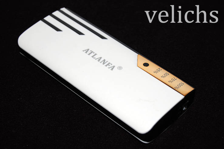 POWER BANK ''ATLANFA '' AT- D2016 12000 mAч 3 USB +фонарик