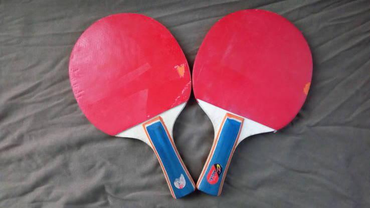 2 теннисные ракетки