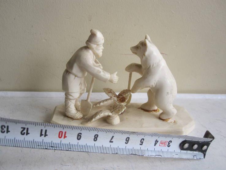 Мужик и Медведь. (Вершки и корешки)., фото №3