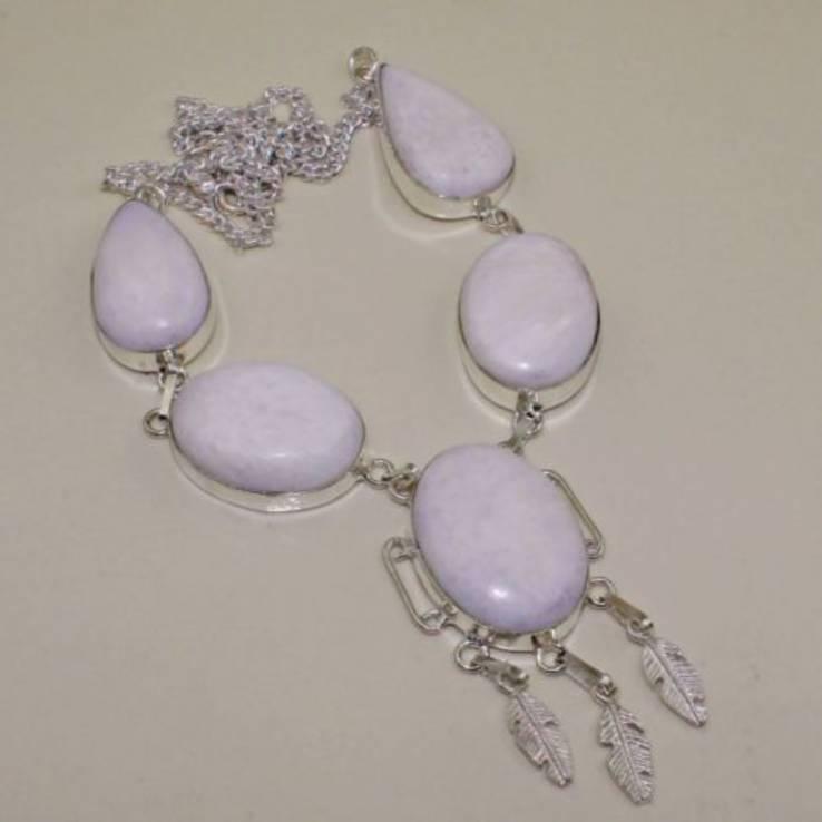Ожерелье с натуральной крупной яшмой