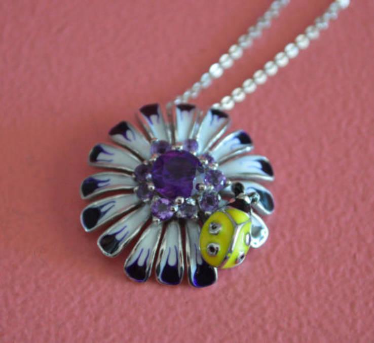 Ожерелье с аметистами и цветной эмалью