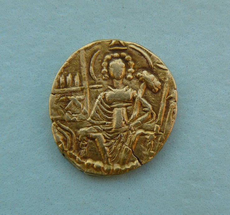 Статер Кушанское царство 300-330 г. царь Шака