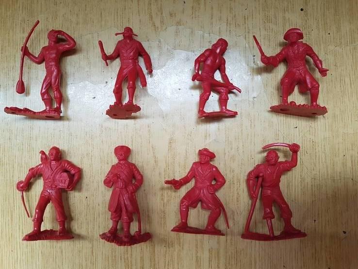 Солдатики *Пираты* красные