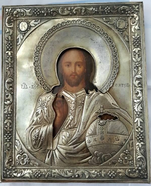 Икона в серебряном окладе господа вседержителя