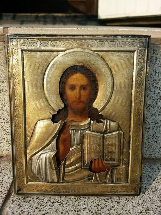 Икона Спаситель в серебряном позолоченном окладе
