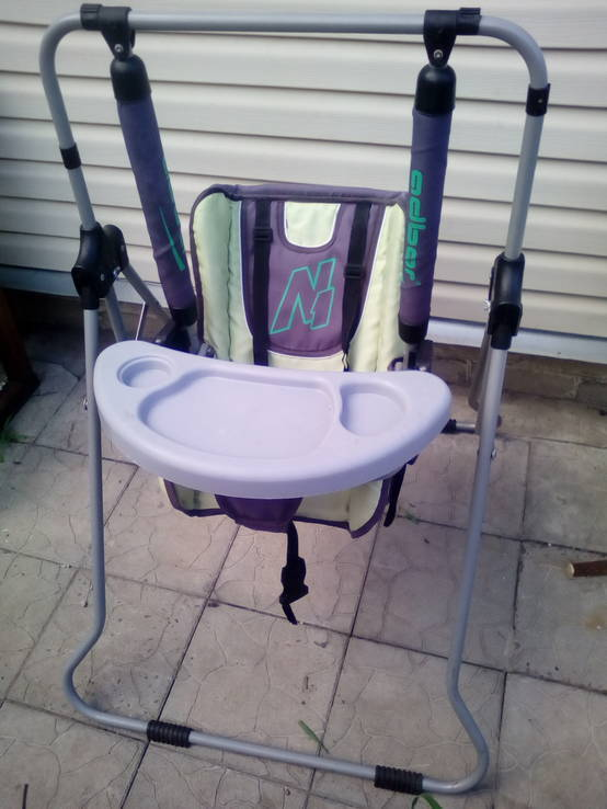 Качеля-стульчик для кормления