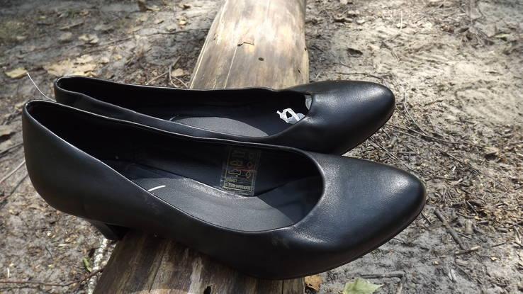 Классические туфли на маленьком каблучке Anniе 38 размер, фото №6