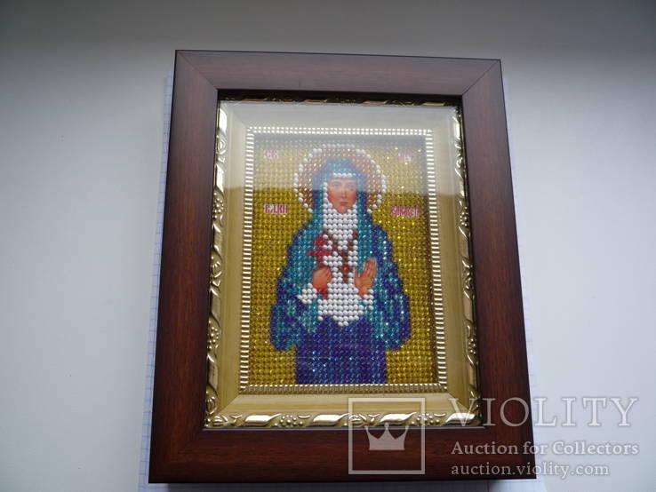 Икона в киоте св. муч. елизавета вышита бисером