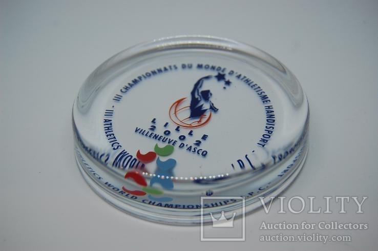 Стеклянный Сувенир 2002 Чемпитонат Лиль. Спорт. 9см. Вес 320 грн, фото №5