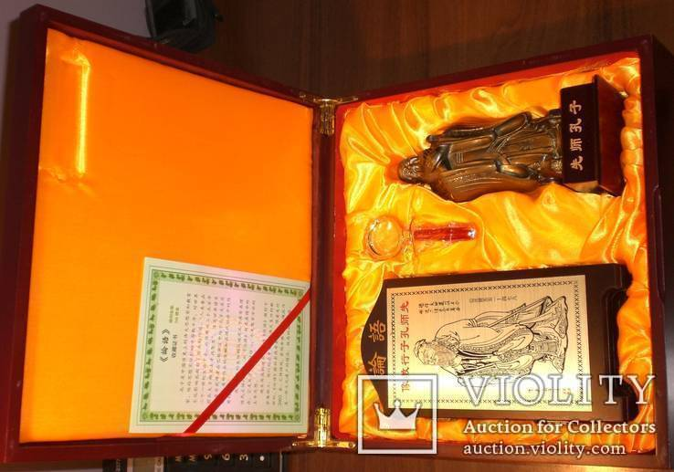 Конфуций и его учение: подарочный набор (статуэтка, скрижали и пр.), фото №2