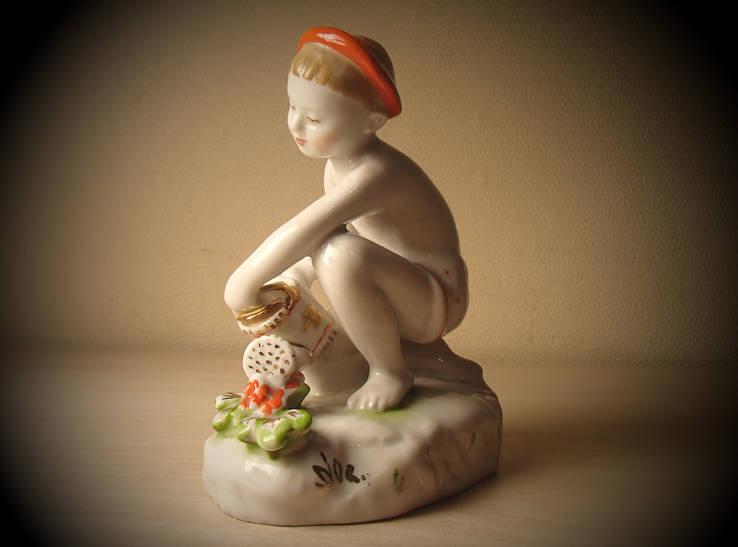 Мальчик с лейкой юный садовод ЛФЗ