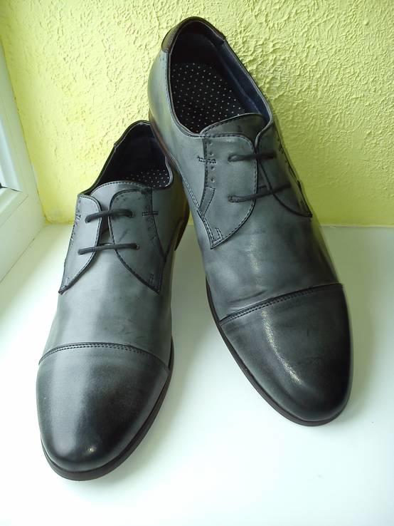 Туфли BaTa из Натуральной Кожи (Розмір-44)
