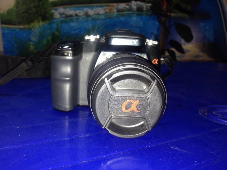 Цифровая фотокамера SONY DSLR A100