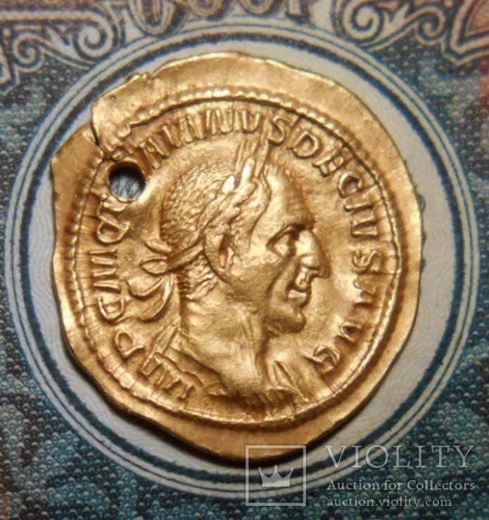 Троян Деций редкий реверс богиня Уберитас