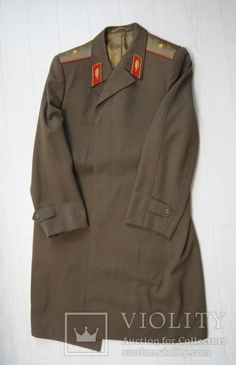Летнее пальто генерала.
