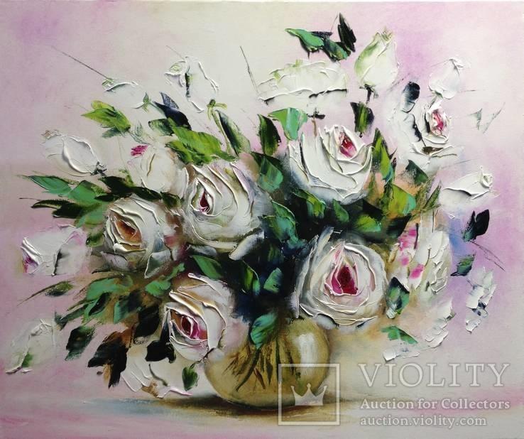 ''Белые розы''. Масло, холст, мастихин. 2017 г. 50х60 см.  Ермолович Е.