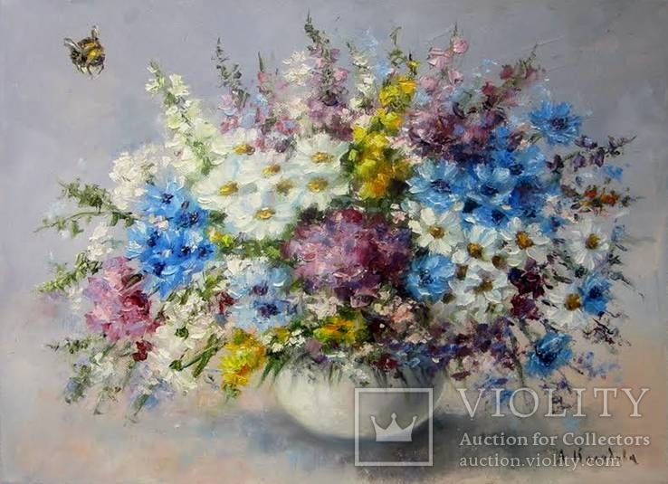Полевые цветы и шмель 30х40 масло холст Л. Колядова