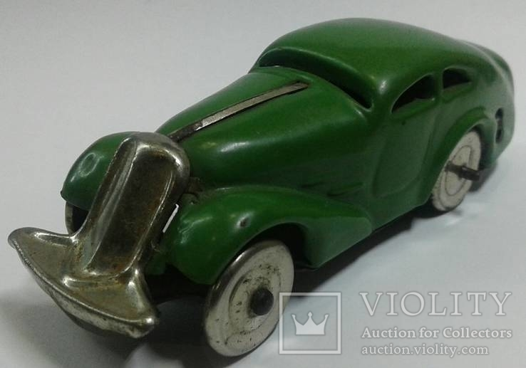 1951 г. Металлическа модель машины 11,5 см.