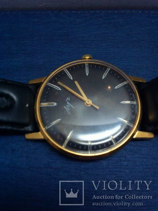 Часы Луч, мужские, с жёлтым механизмом. На ходу.