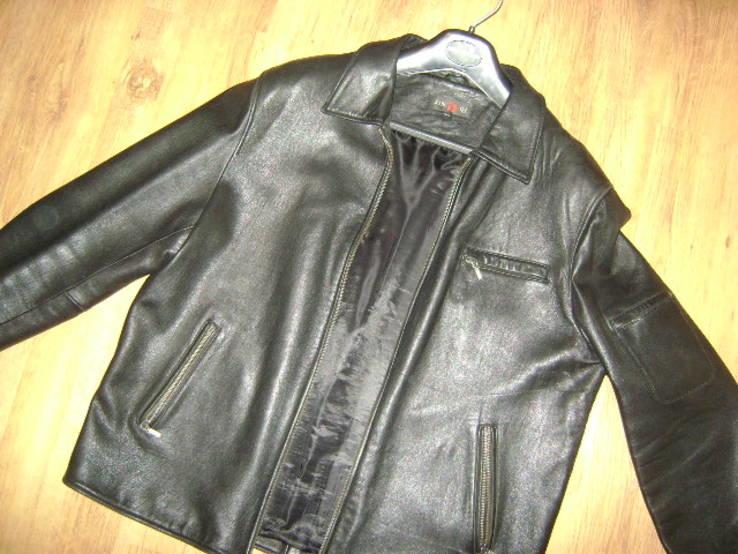 Фирменная кожаная куртка XL