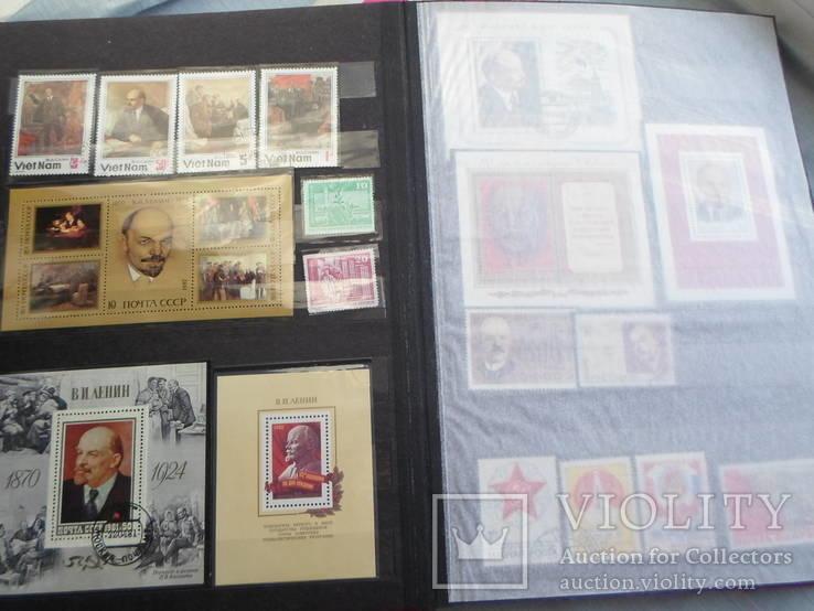 Два альбома марок +блоки (600 марок)