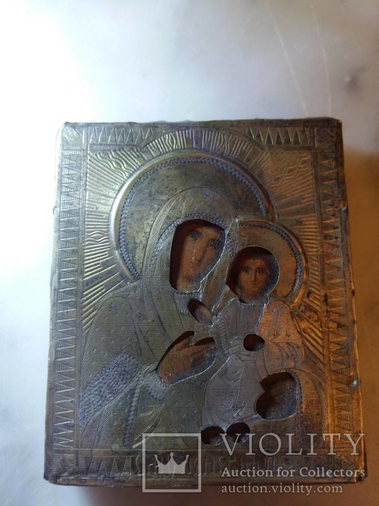 Икона в окладе серебро 84 проба 7 х 5.5 см.