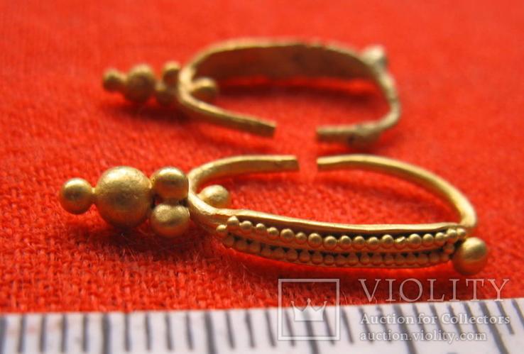 Парні золоті не описані сережки 900 проба