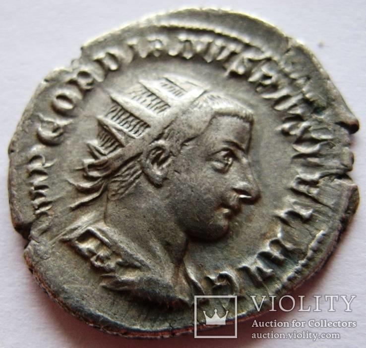 Cеребряный антониниан, Гордиан III (238-244 гг. н.э.)